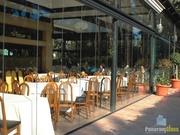 Фасадное безрамное остекление ресторанов,  кафе,  беседок,  террас