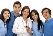 Медицинский работник (предпочтение врачу)
