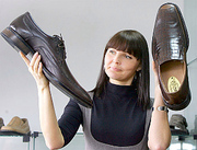 Реализатор обуви требуется